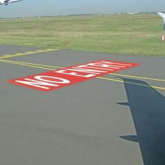 Allan deSouza, No Entry