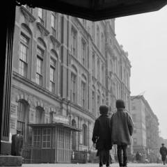 Gordon Parks, New York, New York. A Harlem scene, 1943