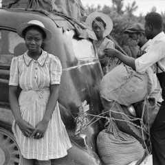 Jack Delano, Group of Florida migrants on their way to Cranberry, New Jersey, to pick potatoes. Near Shawboro, North Carolina, 1940